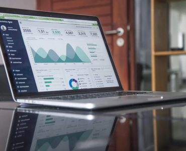 CRM and 4 Other Features Your ATS Needs to Have in 2019