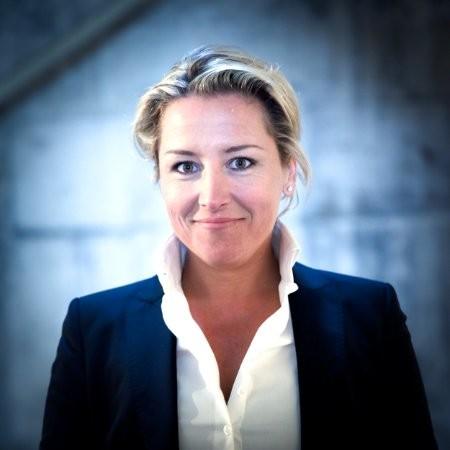 Headshot Véronique Bourée