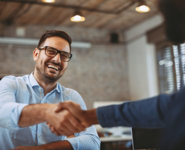 Essential Guide to Employee Referral Programs in 2020